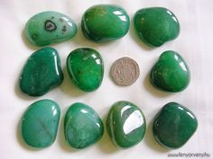 Agate's most noticeable properties overall are balancing yin/yang energy, courage, protection, healing, and calming. Agate is a stone of strength. Phoenix Wings, Entryway Decor, Agate, Minerals, Easy Diy, Gemstones, Crystals, Color, Green Wallpaper