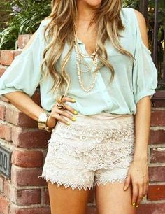 lace shorts + mint green= <3