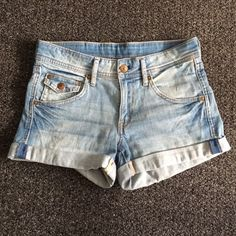 Low Waist Denim Shorts Never worn shorts. In great condition. H&M Shorts