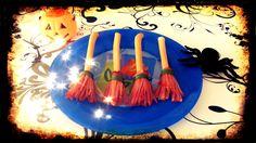 Comida de Aquelarre en Halloween. Escobas de bruja. ¿Quieres saber cómo prepararlas? Visita nuestra web.