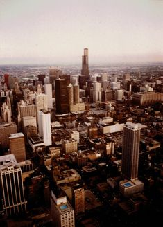 Featured Photo: Celebrating Radio's 100th Anniversary: The Present Days – The Sears Tower in 1981 & Willis Tower in 2019
