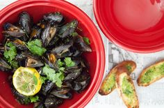 Sandwich Sunday //  Baked Mussels with cilantro butter
