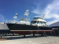 Sabre 48 fly fly bridge commission today by Siebert Yacht Management