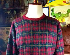 Vintage L.L. Bean Men's Red & Green 100% Pure Wool Fair Isle Winter Handknit Sweater XL--Made in the Usa