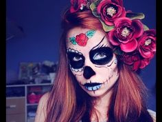 Halloween is just around the corner. Be the the star of the party with our beautiful and spooky halloween face paint suggestions! Halloween Clown, Halloween Looks, Halloween Face Makeup, Halloween 2017, Halloween Stuff, Halloween Party, Green Face Paint, White Face Paint, Sugar Skull Face Paint