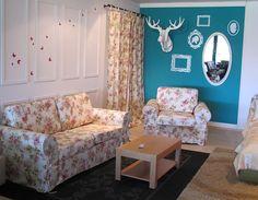 Am avut ocazia să vizitez fabrica de mobilă de la Reghin, acolo unde se produce deja cunoscuta canapea Bucovina cu motive tradiționale românești. În halele fabricii am avut impresia că sunt într-un…