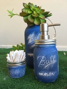 Mason Set for your bathroom and your next chalk paint DIY. A mason jar becomes a soap dispenser q tip holder and a flower vase