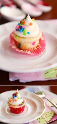Best homemade vanilla cupcake recipe ever.