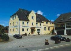Hotel Gasthof Goldener Löwe Günzburg, Germany - WiFi client satisfaction rank 3/10. Download 1.2 Mbps, upload 386 kbps. rottenwifi.com