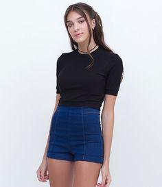 Blusa feminina  Modelo cropped  Sem mangas  Canelada  Marca: Blue Steel  Tecido: Viscose  Composição: 93% Viscose; 7% Elastano  Modelo veste tamanho: P       COLEÇÃO INVERNO 2016     Veja outras opções de    blusas femininas.