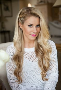 Today I'm sharing three braided hairstyles for the fall. Today I'm sharing three braided hairstyles for the fall. I get in& appeared first on Trending Hair styles. Side Braid Hairstyles, Romantic Hairstyles, Casual Hairstyles, Trending Hairstyles, Down Hairstyles, Simple Hairstyles With Curls, Hairdos, Wedding Guest Hairstyles Long
