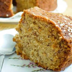 Old-fashioned Banana Cake (is the best! Cookie Desserts, Sweet Desserts, Sweet Recipes, Cake Recipes, Banana Dessert, My Dessert, Quick Easy Healthy Meals, Plantain Recipes, Deli Food