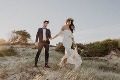 Sarah + Lachlan playing dress up in our gorgeous Good Life set breezing in the wind Bohemian Wedding Dresses, Boho Dress, Bridal Separates, Playing Dress Up, Beautiful Bride, Life Is Good, Brides, Wedding Day, Romantic