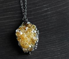 want! citrine geode. found at uncovet: http://shop.uncovet.com?lrRef=cuIUdf my newest obsession!