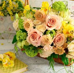 Bouquet of the day   . . . . . #flower #fleur... | サブリナ~花と写真のある暮らし~