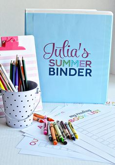 Printable Summer Binder- create a binder full of fun for your kids this summer! Printables for each section included. Plus activity sheets. www.thirtyhandmadedays.com