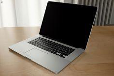 Eladó a címben szereplő macbook pro, CTO modell, teljesen kimaxolt!Adatok:Kijelző: Natív felbontás: 2880 x 1800 képpont (Retina) 15,4