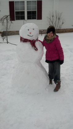 "Samantha Washington of Dayton says ""Wendy Earls of Dayton Feb.13th, 2014 Snowman made by her niece Adia"" #WHSVsnow"