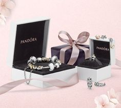 Find the perfect PANDORA gift for someone special. Try the online gift finder on the PANDORA website. #gift #giftfinder #jewelry #jewellery #pandora #pandorajewelry #pandorajewellery #perfectgift