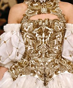 Details from one of Cersei's gowns, Alexandre Mcqueen
