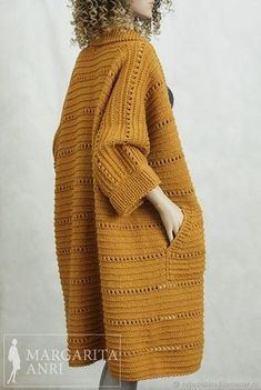 Holiday outfits women cardigans 51 ideas ideas for women Gilet Crochet, Crochet Coat, Crochet Cardigan Pattern, Crochet Jacket, Knitted Coat, Knit Jacket, Crochet Clothes, Holiday Outfits Women, Holiday Clothes