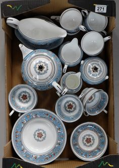 Top 25 Highest Selling Lots -Collectors & General Auction – Lot 271 – A collection of Wedgwood tea and dinner ware in the Florentine pattern to include cups, saucers, teapot, gravy boat, soup bowls, milk jug etc (29).  Sale Price £370.00