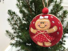 Christmas Toys, Christmas Balls, Christmas Tree Ornaments, Christmas Decorations, Xmas, Holiday Decor, Christmas Ideas, Merry Christmas, Gingerbread Crafts