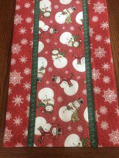 Christmas Mug Rugs, Christmas Sewing, Christmas Embroidery, Christmas Crafts, Christmas Placemats, Christmas Quilting, Xmas, Christmas Tables, Purple Christmas