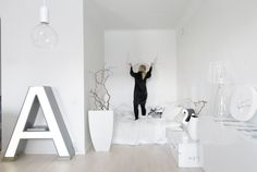 in the stylist and photographer Paulina Arklin 's flat all is white. white can be perfect, isn't i.