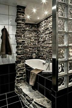 beautiful bathroom wall with stones!