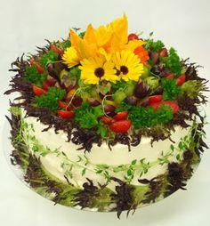 Purppurahelmen juhla- ja  fantasiakakut: Kasvisvoikkaria Cake, Desserts, Food, Tailgate Desserts, Deserts, Food Cakes, Eten, Cakes, Postres
