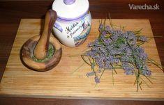 Domáce provensalské korenie (Herbes de Provence) - recept   Varecha.sk Ale, Tableware, Herbes De Provence, Dinnerware, Tablewares, Ales, Porcelain