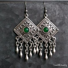 Shop boho earrings inspired by ancient tribal designs, statement dangle earrings and ear jacks adds romantic uniqueness to your boho chic look. Tribal Earrings, Green Earrings, Unique Earrings, Women's Earrings, Boho Chic, Dangles, My Style, Jewelry, Fashion