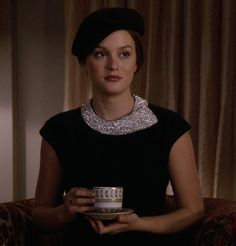 """Gossip Girl """"In the Realm of the Basses"""" - Blair Estilo Blair Waldorf, Blair Waldorf Outfits, Blair Waldorf Gossip Girl, Blair Waldorf Style, Gossip Girl Outfits, Gossip Girl Fashion, The Cw, Preppy Outfits, Cool Outfits"""