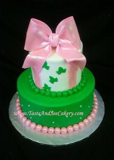 Pretty Pink Bow ... is it blown sugar or fondant??