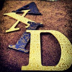 Gorgeous Alpha Xi Delta letters.... These look familiar!! #betatau