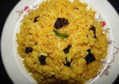 arroz amarillo con pasas