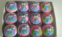 Owls cup cakes