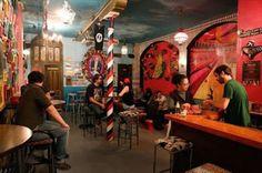 La nueva meca gay. Bienvenido a Sor Rita, un local tan lleno de blasfemia que provocaría un ictus a Rouco Varela. Abel Cobos | On Barcelona, El Periódico, 2016-11-12 http://www.elperiodico.com/es/noticias/onbarcelona/visitar/sor-rita-bar-gay-copas-noche-5623432