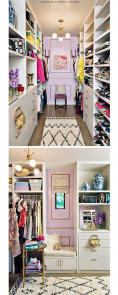 Toques de lilás e dourado dão charme a closet