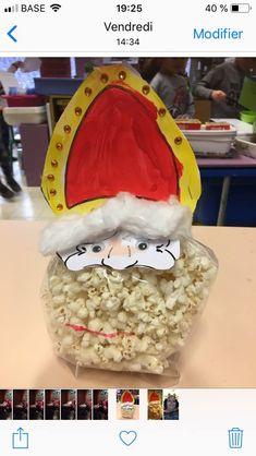 Art For Kids, Saints, Teaching, School, Diy, Christmas Diy, November, Christmas Presents, Christmas