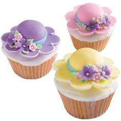 #Homemade #Easter #Bonnet #Cupcakes #Recipe | Courtesy of; Wilton