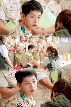 Song Joong-ki as Yoo Shi-jin Song Hye-kyo as Kang Mo-yeon Descendants of the sun Descendants Of The Sun Wallpaper, Song Hye Kyo Descendants Of The Sun, Taekook, Song Joong Ki Birthday, Decendants Of The Sun, Song Joon Ki, Sun Song, Films, Korean Drama