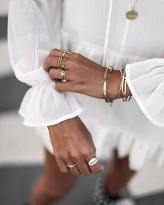 Jewelry | Bracelets | Rings | Gold | Summervibes | Inspo | More on fashionchick.nl