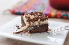 Sure, peanut butter, banana and cream cheese are enough to make these dessert bars delicious. But wait 'til you see what devil's food cake mix does! Gluten Free Peanut Butter, Peanut Butter Brownies, Peanut Butter Banana, Pineapple Cheesecake, Cheesecake Desserts, Brownie Recipes, Cookie Recipes, Dessert Recipes, Kraft Recipes