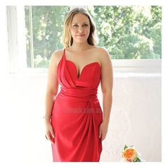 On the hunt for something ultra flattering and seriously sexy? Look no further than the 'Diana Dress in Red $79.90' I'm loving the gorgeous drape and colour shop it online at shop.stfrock.com.au #stfrock #amazing #red #drape #gorgeous #dresses