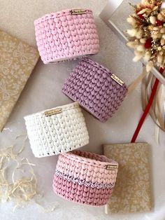 Set of 4 small storage baskets in the bathroom or bedroom, the set is suitable for the office, as well as flower pots. Crochet Quilt, Crochet Home, Creative Gift Wrapping, Creative Gifts, Crochet Basket Pattern, Crochet Patterns, Crochet Decoration, Eyeglass Holder, Boho Diy