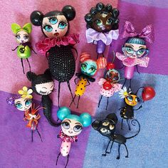 All the dollies in one picture.. Coming to www.pearlsandswine.com soon Sculpture Art, Sculptures, One Pic, Dolls, Halloween, Drawings, Artwork, Pictures, Painting