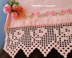 Pink Rose Crochet: Bar with Pink Flowers for Dish Cloth Crochet Borders, Crochet Flower Patterns, Crochet Flowers, Pink Flowers, Thread Crochet, Filet Crochet, Crochet Stitches, Crochet Dollies, Crochet Lace