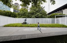 """Image 14 of 17 from gallery of """"Anti-Pavilion"""" Reframes National Sculpture Garden in Australia for NGV Triennal. Courtesy of Other Architects Places In Melbourne, Linear Park, Other Space, Space Architecture, Design Furniture, Melbourne Australia, Urban Landscape, Pavilion, Paths"""